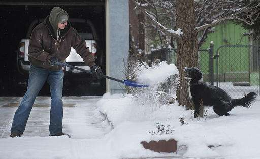 Western snowstorm draws skiers, but leaves deadly conditions
