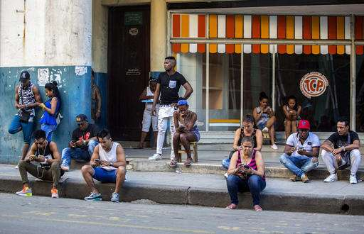 Cuba sees explosion in internet access as ties with US grow