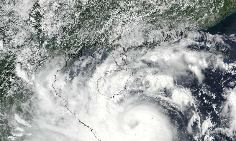 NASA sees Typhoon Doksuri in the South China Sea
