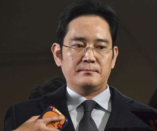 Samsung family succession hits snag with chief's arrest