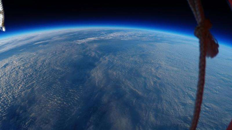 Students film breathtaking curvature of Earth using high-altitude