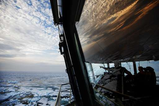 Warming Arctic spurs battles for riches, shipping routes