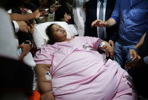 325 kilograms lighter, Egyptian woman leaves India