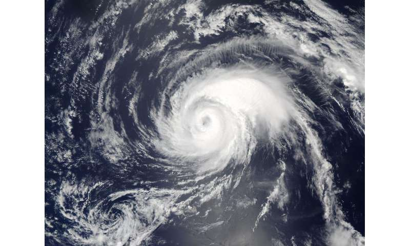 NASA's Aqua satellite catches Typhoon Noru's 10 mile-wide eye