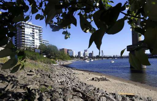 Portland cleans dirty river, invites residents to take a dip