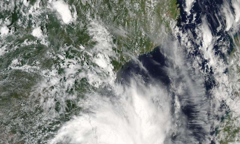 NASA sees Tropical Cyclone Dineo at Mozambique coast