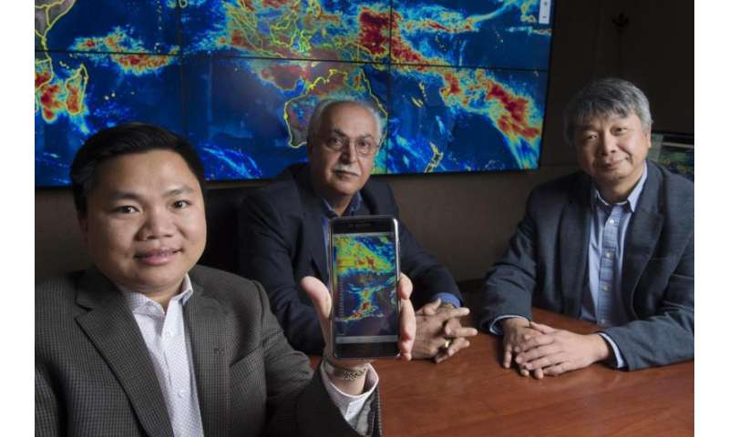 Mobile phone app delivers precision rainfall information to public