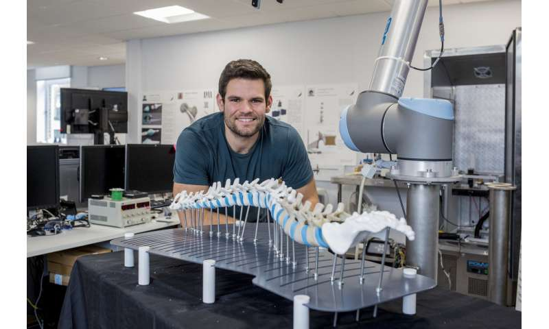 'Lifelike' 3D printed spine to help train spinal surgeons
