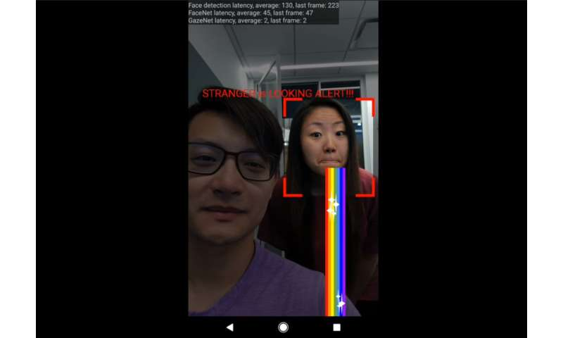 "Google video demonstrates ""stranger is looking alert"" for smartphones"