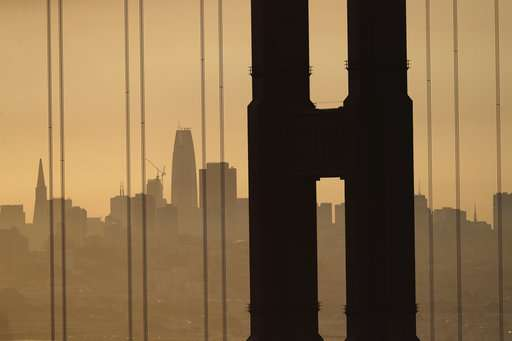San Francisco Bay Area cancels events as smoke chokes region