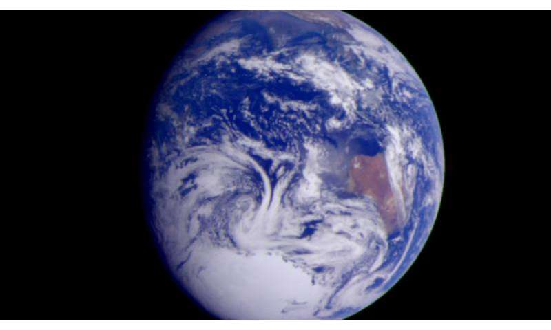 Scientists produce best estimate of Earth's composition