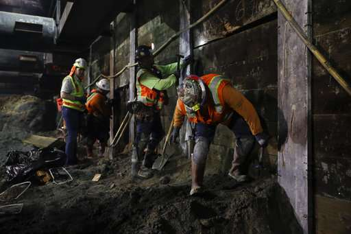 Los Angeles subway work uncovers array of Ice Age fossils