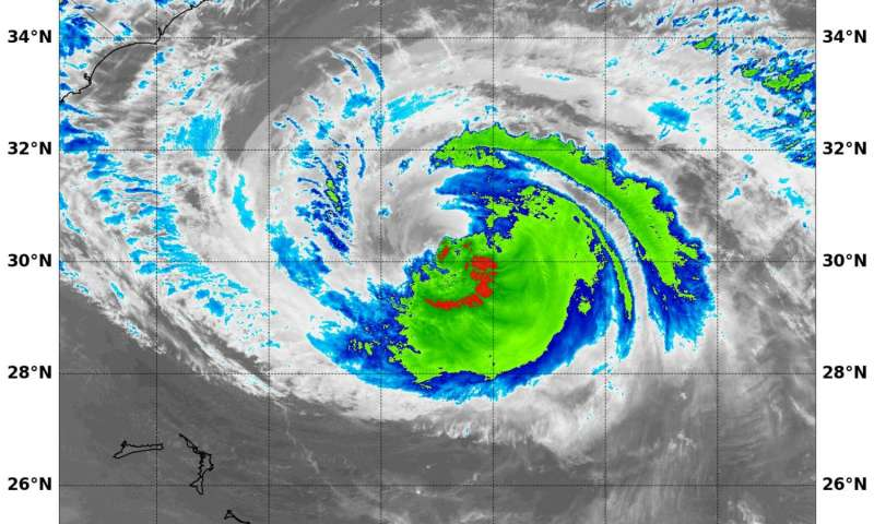 NASA-NOAA's Suomi NPP Satellite gets two looks at Hurricane Maria
