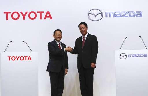 Toyota, Mazda plan $1.6 billion US plant, to partner in EVs (Update)