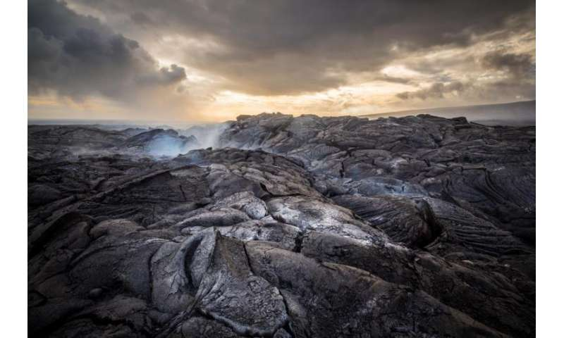 Analysis of titanium in ancient rocks creates upheaval in history of early Earth