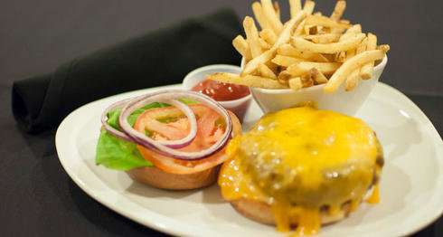 Calorie postings on menus cause more health mentions in online restaurant reviews