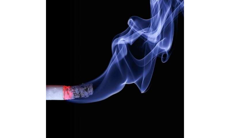 Cancer survivors who quit smoking sooner can live longer