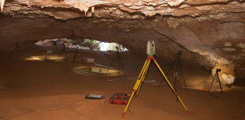 Cave dig shows the earliest Australians enjoyed a coastal lifestyle