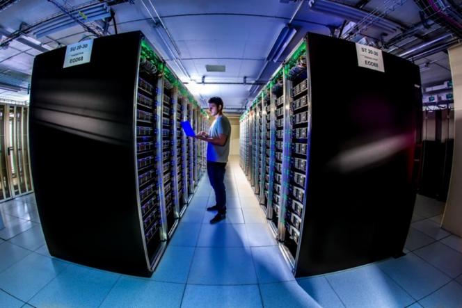 CERN Data Centre passes the 200-petabyte milestone