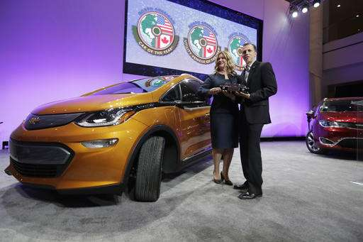 Chevy Bolt gets top car award; Honda Ridgeline top truck