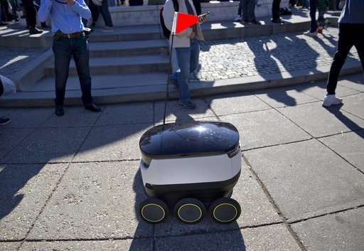 Delivery robots will need permits to roam San Francisco