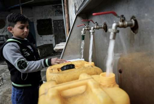 Drinking water in Gaza is causing a rising number of its residents to fall ill and the UN says scarcity and pollution of water r