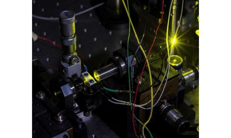 Driving the universal quantum bus