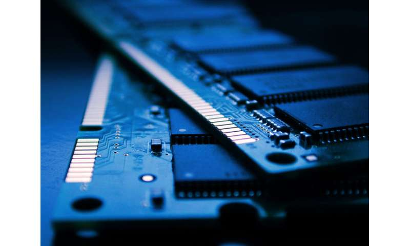 Engineers work with Samsung on promising new memory technology