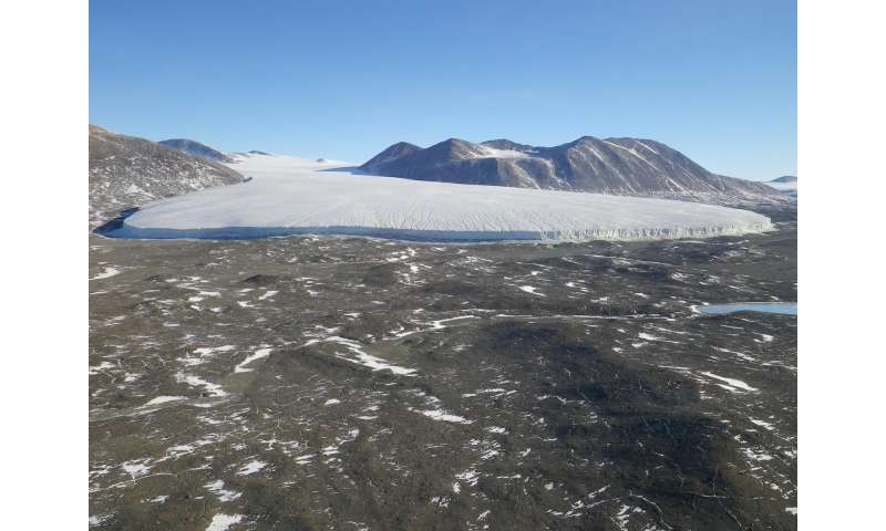 Extreme melt season leads to decade-long ecosystem changes in Antarctic polar desert