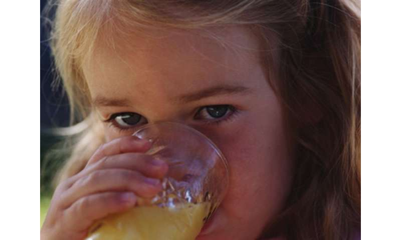 Fruit juice for kids: A serving a day OK
