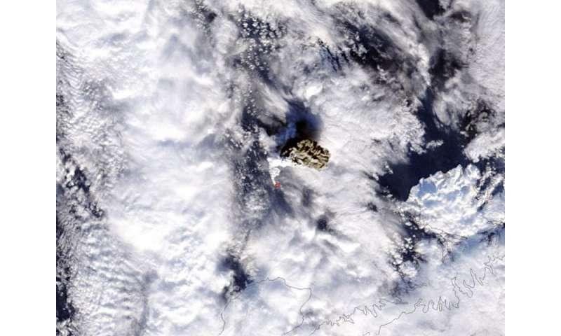 Image: NASA's Terra satellite sees Alaskan volcanic eruption wrapped in white