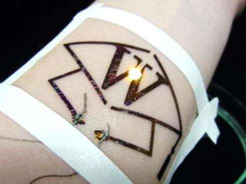 Improved polymer and new assembly method for ultra-conformable 'electronic tattoo' devices