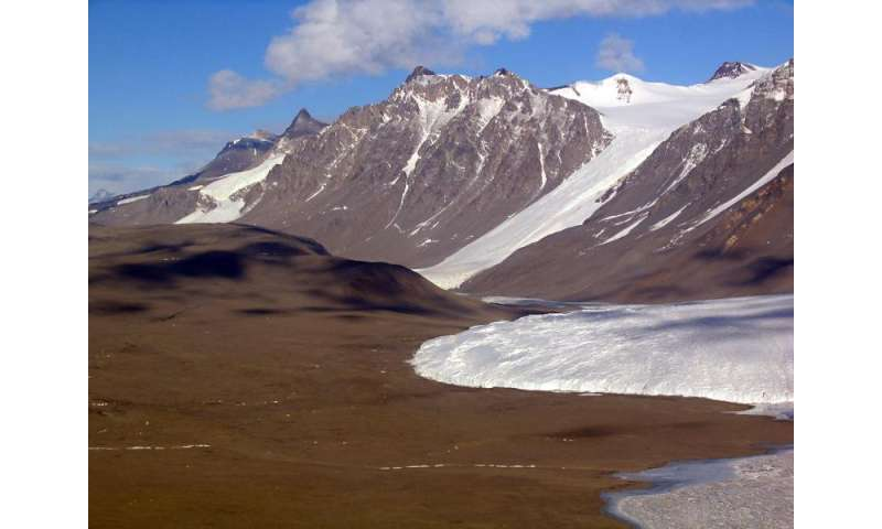 Laser mapping project shows effects of physical changes in Antarctica's Dry Valleys