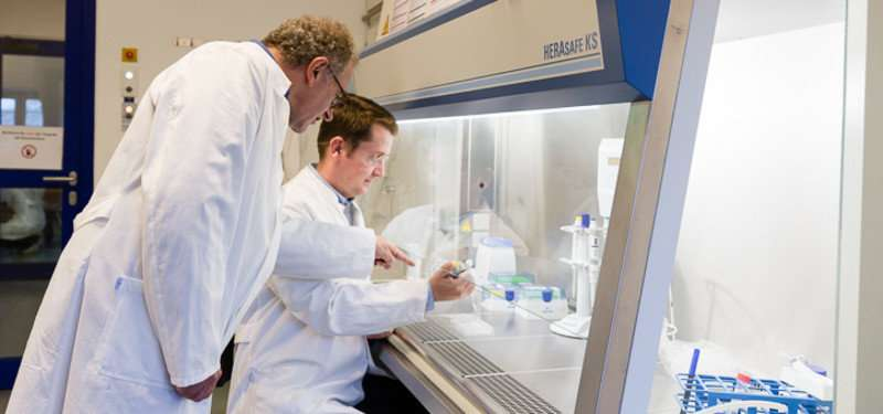 Leuphana scientists develop environmentally friendlier antibiotics
