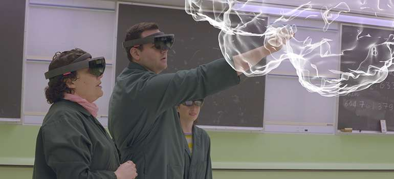 Mixed reality gives neuroanatomy lessons a boost