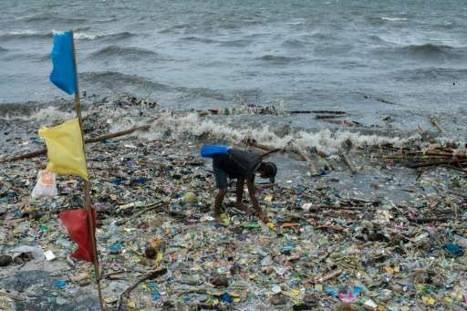 More than 54,200 pieces of plastic waste were recovered from Manila Bay during a week-long clean-up campaign, Greenpeace said