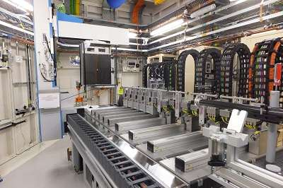 New synchrotron powder diffraction facility for long running experiments