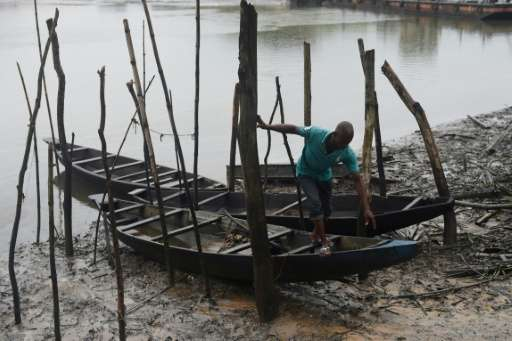 Anger in Nigeria s south over oil spill clean-up delay