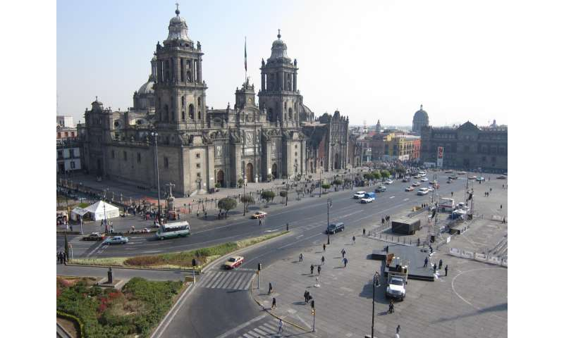 Plan to reduce air pollution chokes in Mexico City