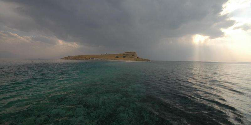Porewater salinity key to reconstructing 250,000 years of Lake Van's history