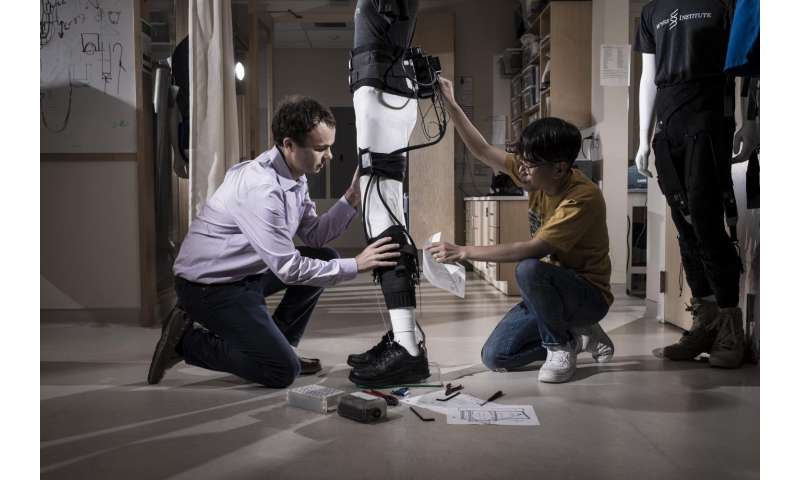 Post-stroke patients reach terra firma with Wyss Institute's exosuit technology