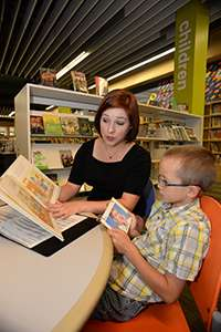 Reading picture books with children holds promise for treating common language disorder