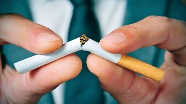 Regular smoking in young people at record low
