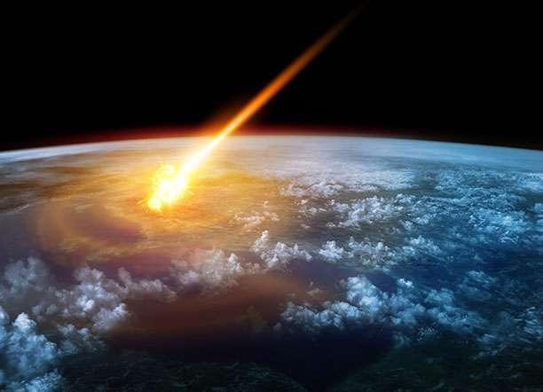 Relation between comets and earth's atmosphere uncovered