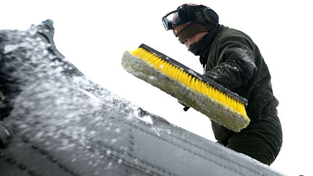 Researchers navigating ways to avoid aircraft icing