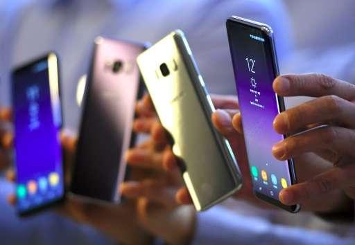 Samsung Galaxy S8 smartphones