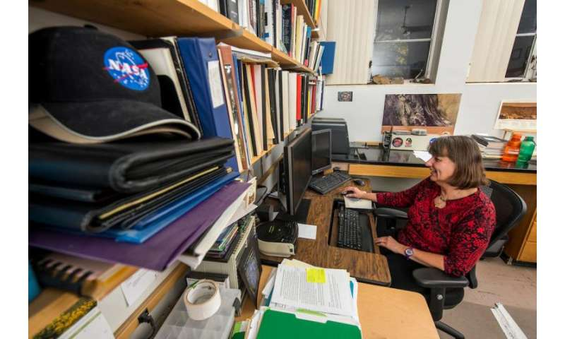 Scientist conducts first comparison study of central pit impact craters throughout solar system