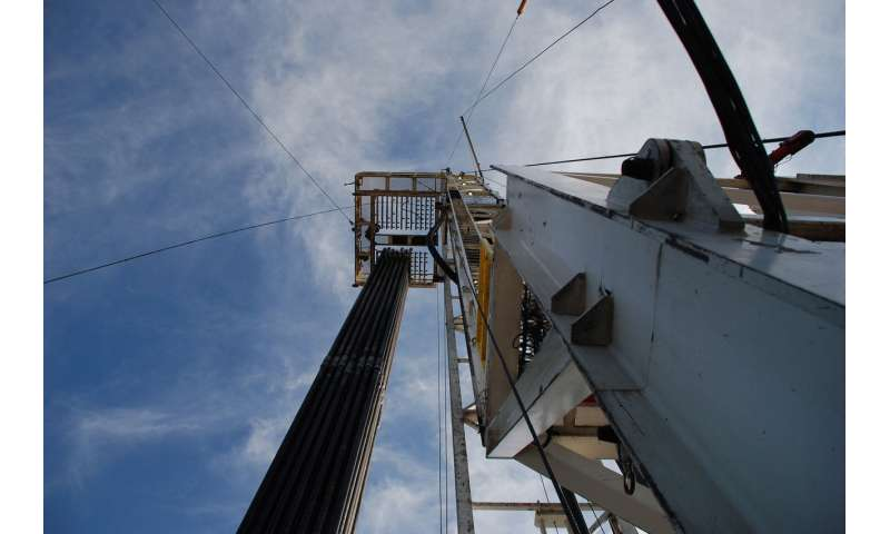Small earthquakes at fracking sites may be early indicators of bigger tremors to come