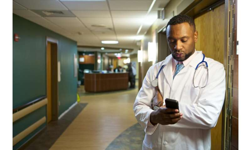 Smartphones in the ER can help discharge patients faster