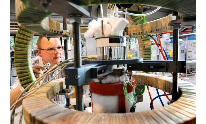 Smart tomographic sensors control industrial processes of tomorrow